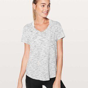 ✨ NWOT lululemon Meant to Move Tee